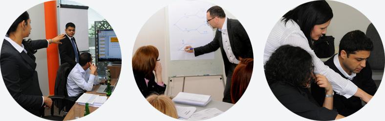 Studenci podczas zajęć